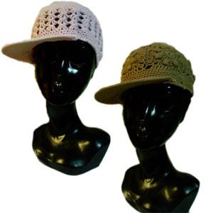 ツバ付きクロシェキャップ帽子