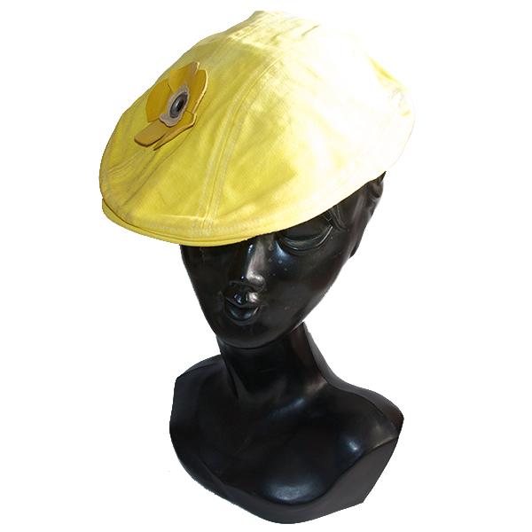 レザーフラワー付ハンチング帽子