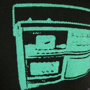 ラジカセプリントTシャツ