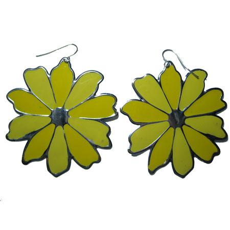 花柄プレートピアス