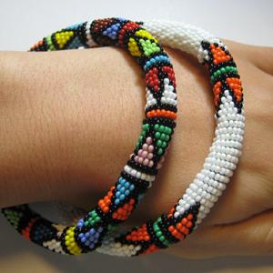アフリカビーズ バングル