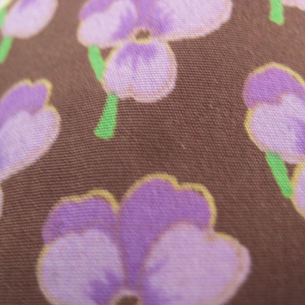 小花柄ワンピース