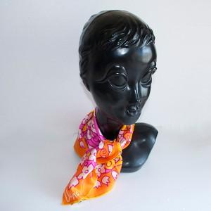 ヴィンテージVERA花柄スカーフ
