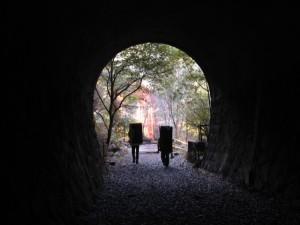 外岩 武庫川ルーフ