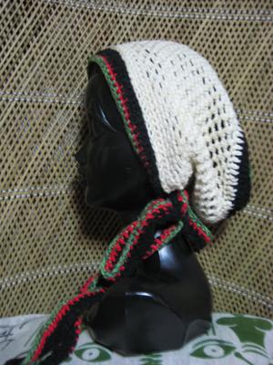 ハンドメイドニット帽子