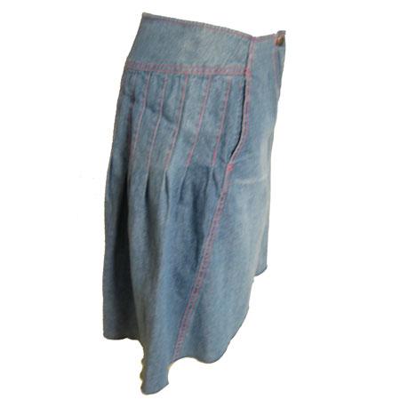 ボックスプリーツデニムスカート