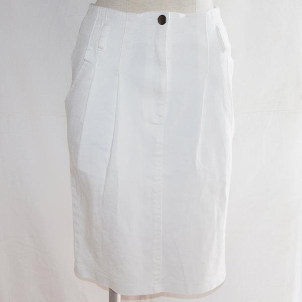 ホワイトデニムタイトスカート