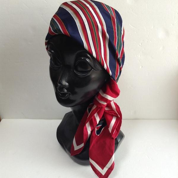 イヴサンローランストライプ柄シルクスカーフ